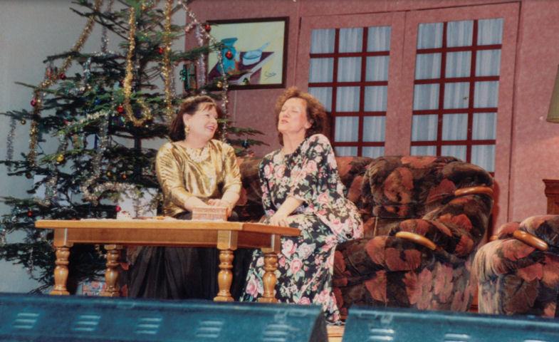 Claudette Comoy, Nicole Malatray
